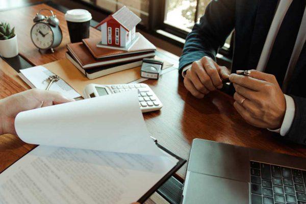 Apólice de seguro: como escolher a melhor para o meu condomínio?